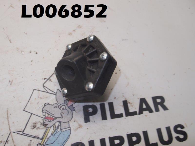 Wabco Fluid Power Division Plastic Quick Exhaust Valve P69324-3