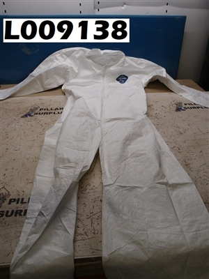 DUPONT TYVEK COVERALL MEDIUM